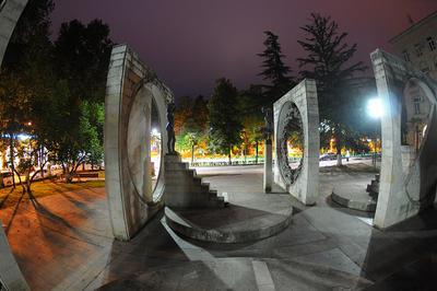 """Монумент """"Весна"""" в Кутаиси Кутаиси скульптура Весна интересно"""