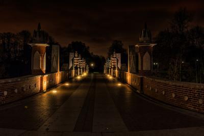 Прогулки в полночь в Царицыно. Путь в неизвестность. Царицыно ночь Большой Готический мост