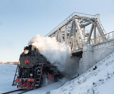 Морозным днем паровоз ржд железная дорога