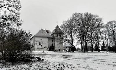 замок крепость Пуртсе.Эстония