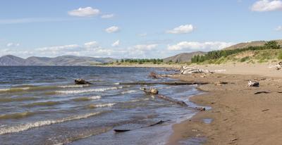 Суровый сибирский июль Красноярское море