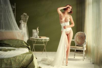 *** девушка ню грудь обнажённая кровать винтаж красивая голая