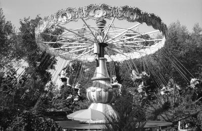 Карусель казахстан алматы Leica LeicaM6 Ilford film 35mm