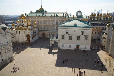 Вид на площадь Ивана Великого