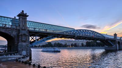 Москва, Андреевкий мост, вечер
