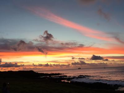Закат в океан