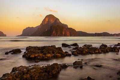 Палаванский рассвет рассвет филиппины палаван горы океан