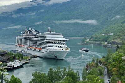 *** Уют Норвежского фьорда ... норвегия путешествие фьорд лайнер стоянка развлечения природа
