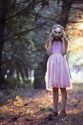 Волшебная кошка в сказочном лесу! кошка маска маскарад волшебный сказка девочка лес