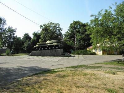 Первомайск , памятник героям - танкистам