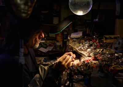 Флорентийский Левша мастер ювелир мастерская алхимик творение Левша украшения поделки алхимия
