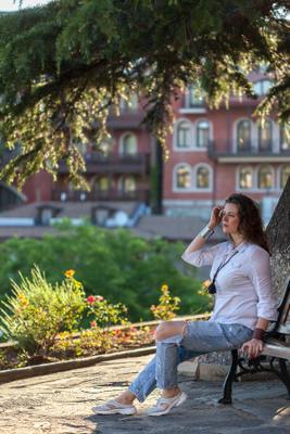Утро Тбилиси Метехи утро жанровый портрет девушка восход
