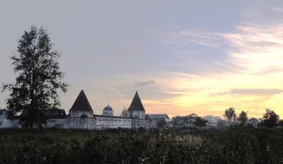 Монастырь Город, монастырь