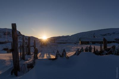 Закат в Териберке снег зима заполярье кольский