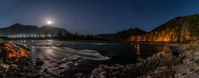 Ночной пейзаж при свете луны Ночной пейзаж при свете луны Катунь