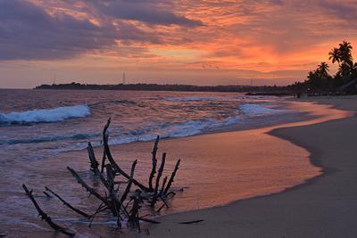 Закат в Шри-Ланке. Шри-Ланка закат океан