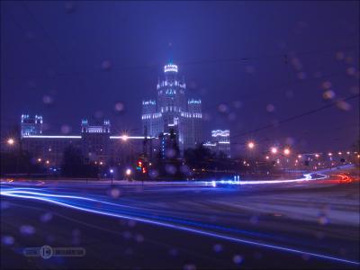Сегодняшний снегопад-конфетти залепил оптику ночь штатив выдержка город фиоллентоваяночнушка