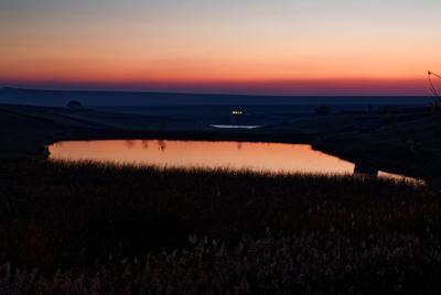 5-ть минут до темноты закат озеро домик