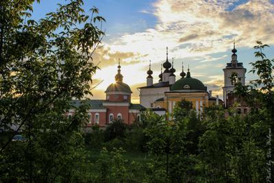 Монастырь Весна закат монастырь храм