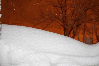 Вид из окна снег циклон зима