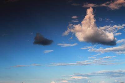 Белое и черное небо облака природа