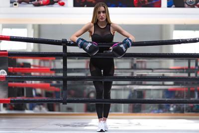 Girls in Boxing Boxing Boxing-Hall Girls Бокс Школа бокса Девушка Модель Портрет Портретная фотография Реклама Рекламная Постановка
