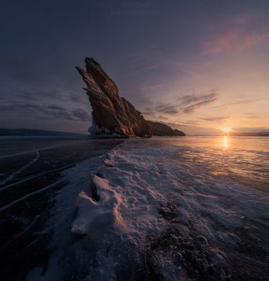Риф Baikal island Siberia Байкал остров Сибирь лед ice