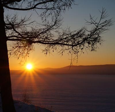 Уж солнышко садится. Урал озеро закат