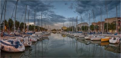 Вечер на реке Марекья италия римини марекья