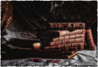 Книги. книги свеча листья дым