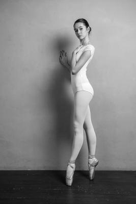 Alex dancer dancer ballet studio