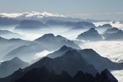 Ноябрьская дымка в горах горы Швейцария осень дымка Säntis