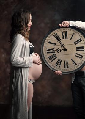 Без пяти девять женщина материнство беременность киофория