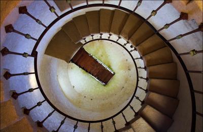 Время - назад лестница винтовая