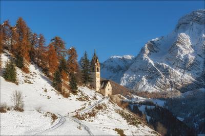 Припорошило доломиты альпы италия alps Tolpei деревня italy поздняя осень dolomites свет снег
