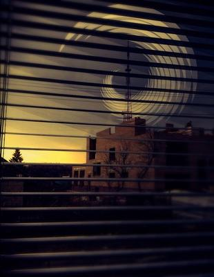Башня За окном вид башня вышка спирали темнота рассвет солнце свет закат недострой настроение