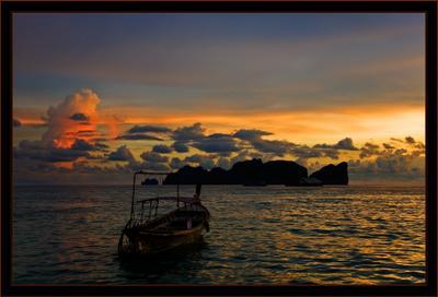 """вечерние краски на """"Пи Пи"""" ... Тайланд остров ПиПи море лодка закат"""