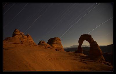Звездопад  США, штат Юта, Деликатная арка, звезды, ночь