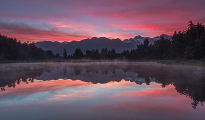 ReflectioNZ New Zealand Lake Matheson Mount Cook reflection sunrise