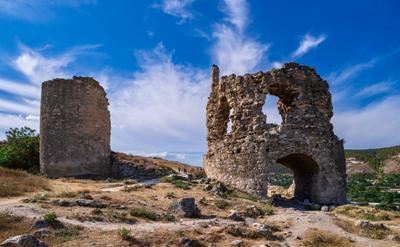 Древние башни