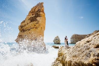 Желтые скалы Алгарве Португалия Алгарве лавстори волны океан