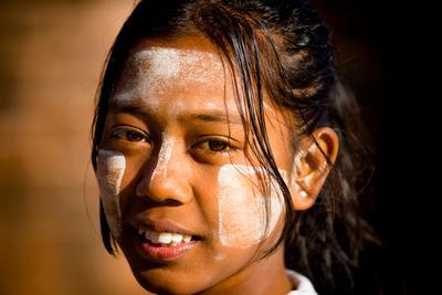 Девочка из Багана bagan burma myanmar