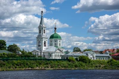Тверь. город монастырь тверь лето