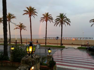 Радуга над пляжем в Пенисколе Пенискола пляж радуга
