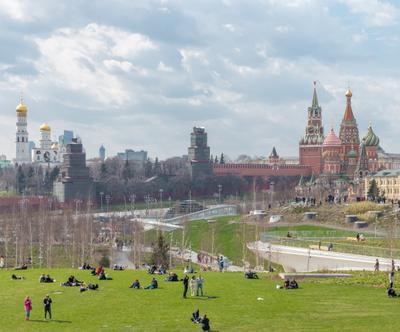 Виды столицы Зарядье парк москва кремль весна