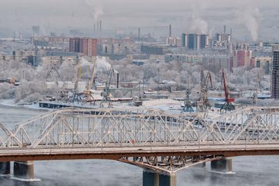 *** Красноярск зима городской пейзаж мост порт