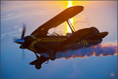 Pitts S2B и закат над Таганрогским заливом, высота 400 метров. Жосс Бомон Pitts самолёт закат В.Н.Чмаль