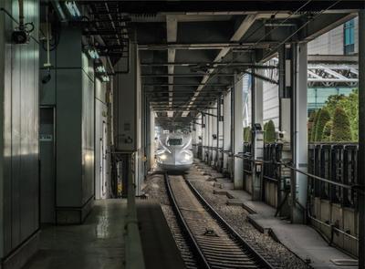 """Скоростной поезд """"Синкансэн"""" поезд вокзал"""