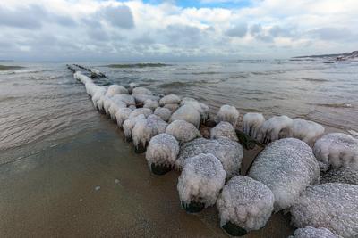 Февраль море берег лед