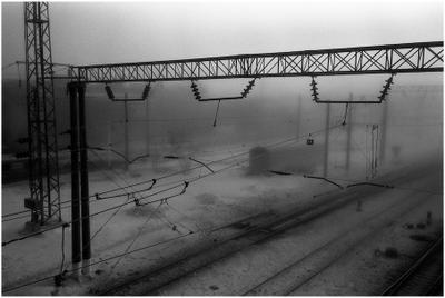 Вокзал в зимнем тумане